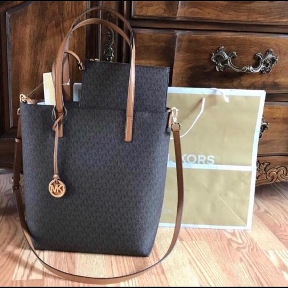 17c63f3038b9 Michael Kors Bags | New Hayley Mk Handbag Large Purse Bag | Poshmark
